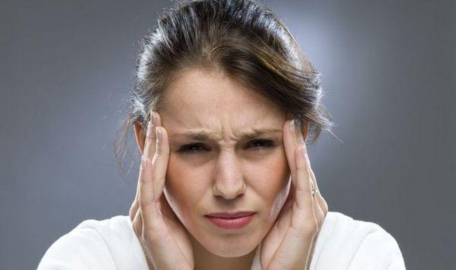 Многие люди принимают аскофен от головной или зубной боли