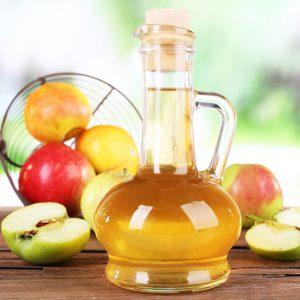 Яблоко и мед в графине