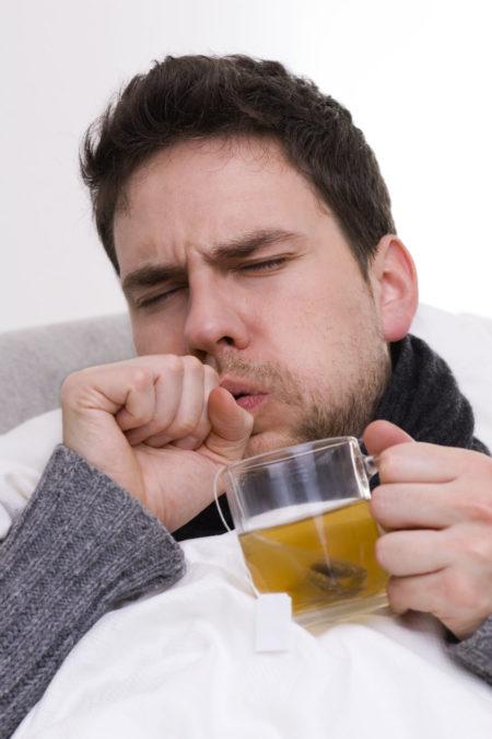 Причины повышения артериального давления при сильной простуде, методы лечения, симптомы, признаки и профилактика