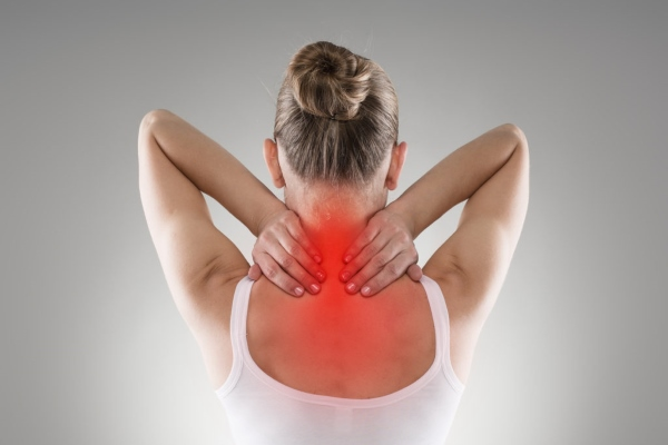 6 причин жжения в позвоночнике. Проверьте себя на болезни