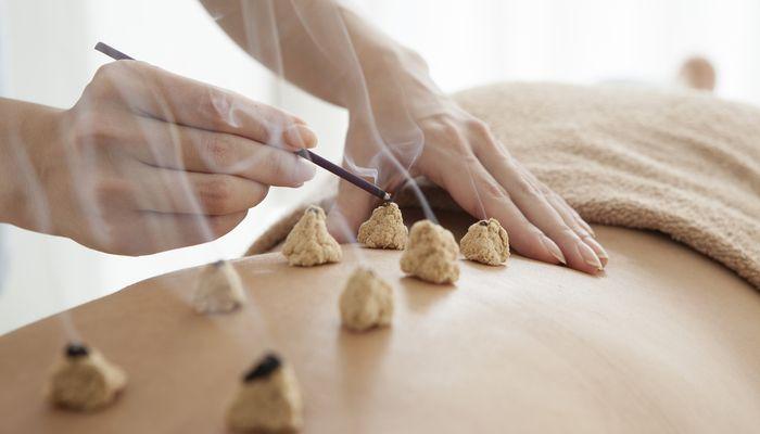 Не вредно ли лечить остеохондроз в домашних условиях? И как это делать правильно, не убейте себя!