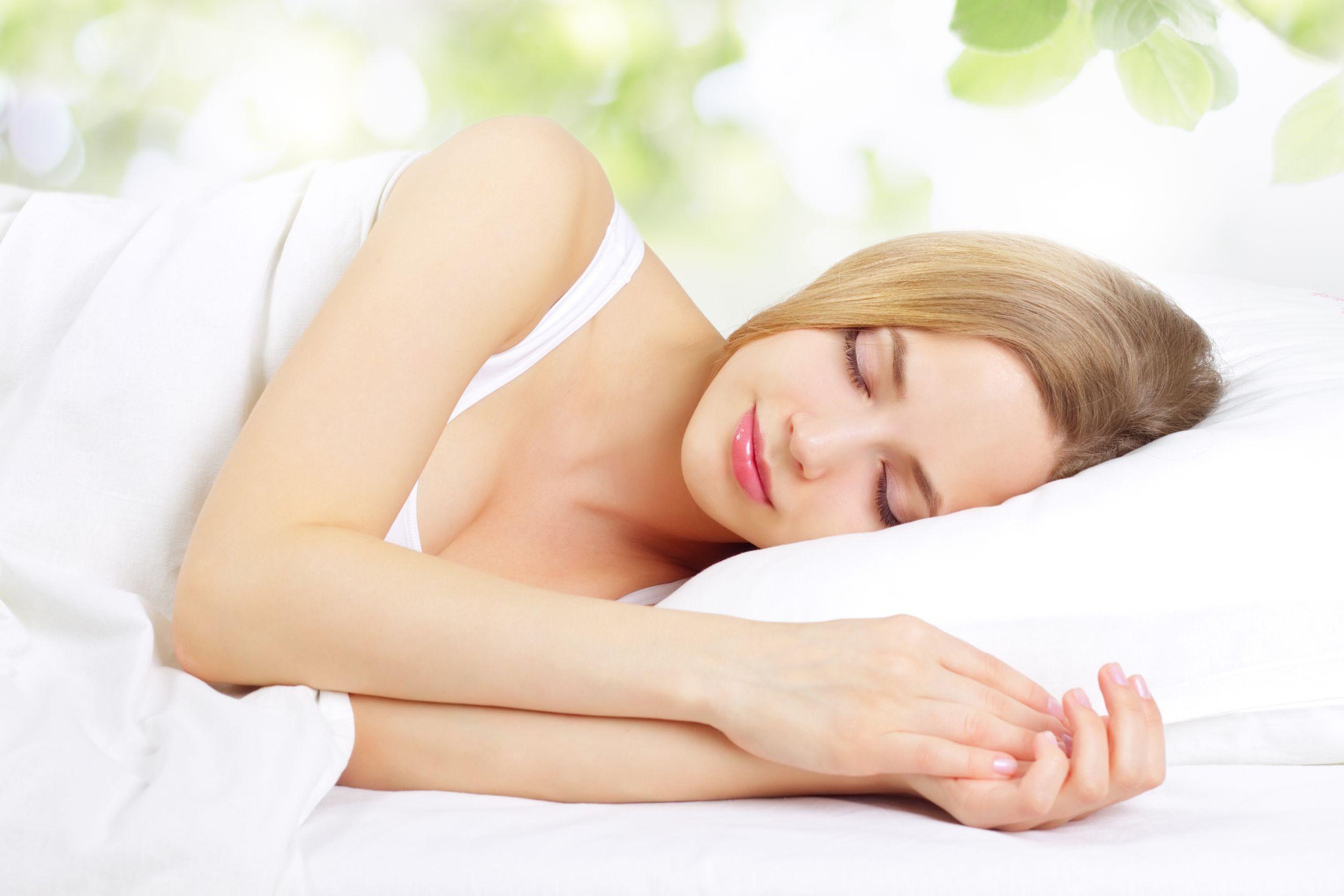3 позы для сна при шейном остеохондрозе. Как понять, что положение неправильное?