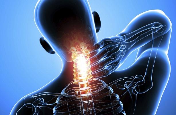 6 симптомов грыжи шейного отдела позвоночника. Все варианты лечения