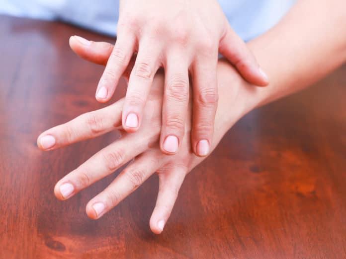 Длина пальцев рук и артрит