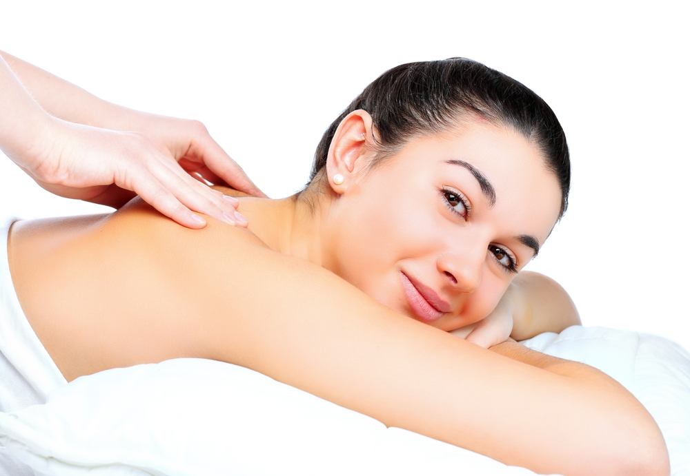 7 противопоказаний и осложнений массажа шеи. Делайте его правильно!
