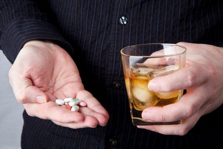 Таблетки с алкоголем
