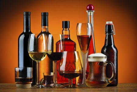 Совместимость Капотена и алкоголя, потенциальные побочные действия, рекомендации по дозированию, передозировка, противопоказания
