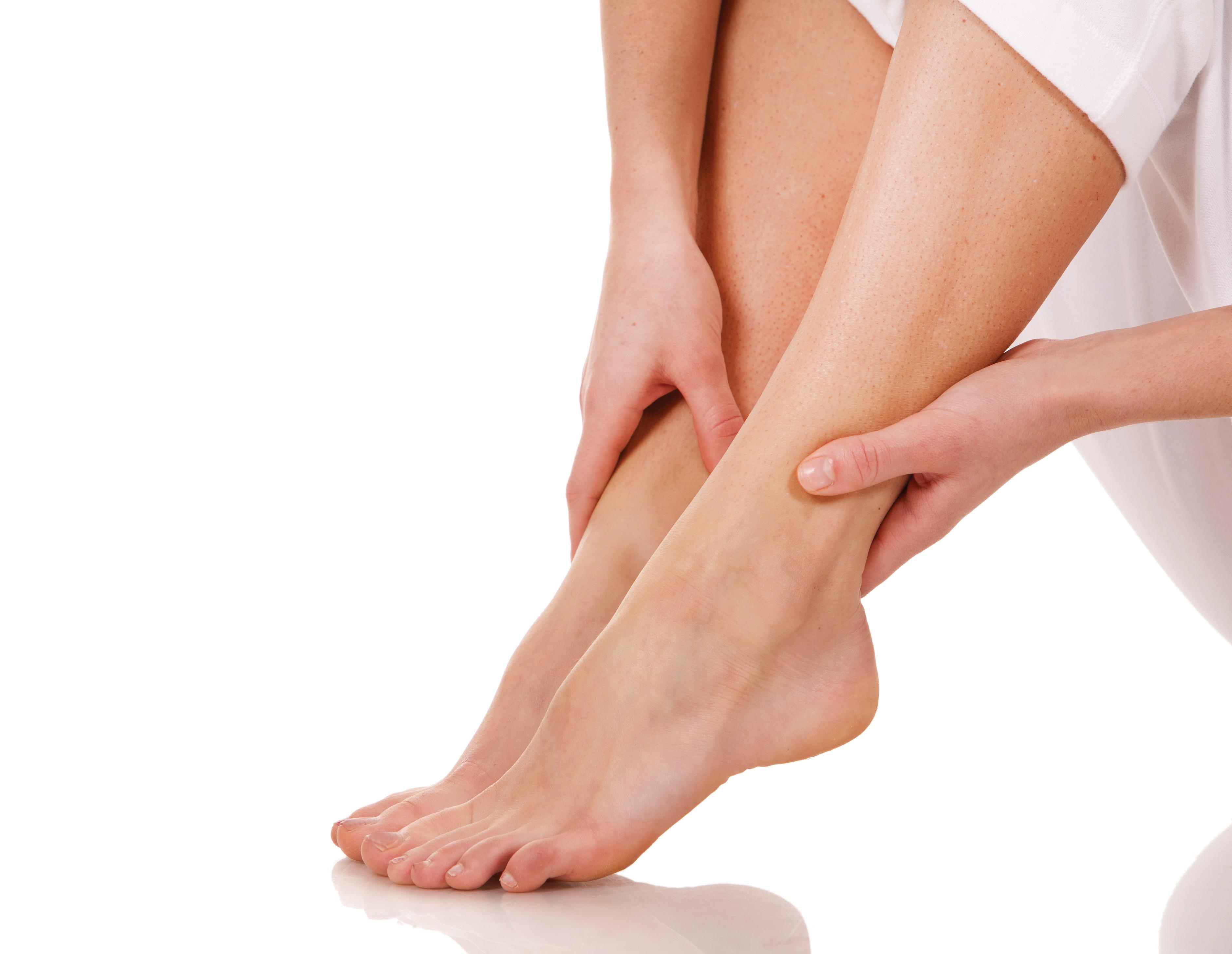 Почему могут неметь ноги при грыже позвоночника 2 причины