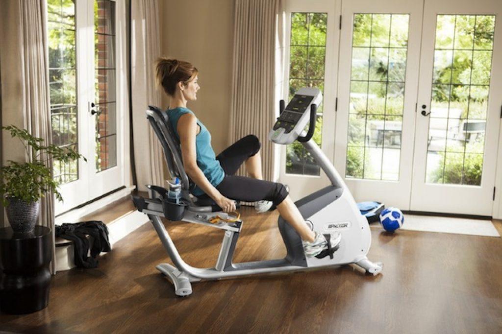 Насколько Эффективен Велотренажер При Похудении. Самые эффективные занятия на велотренажере для похудения, программа тренировок