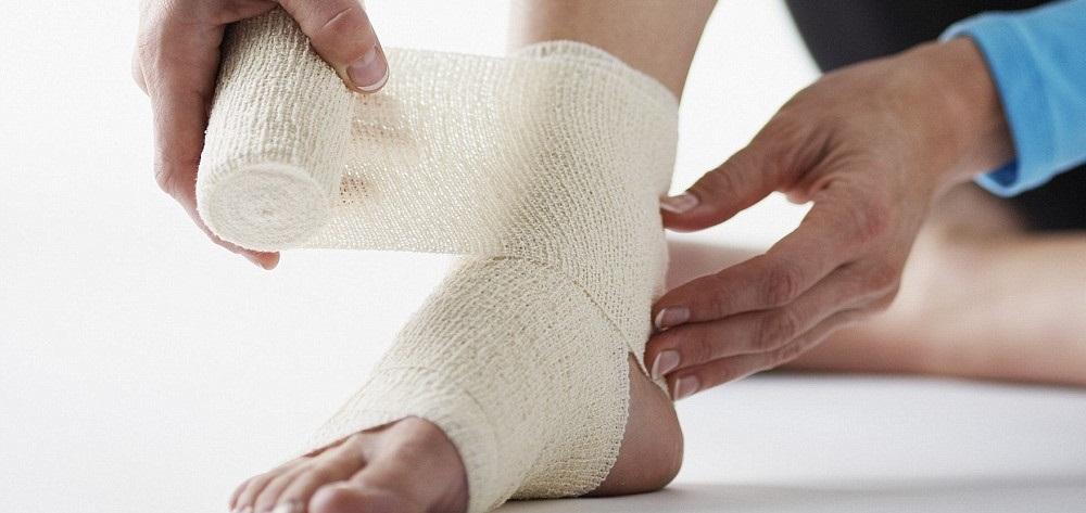 5 правил наложения эластичного бинта на колено (и др. суставы)
