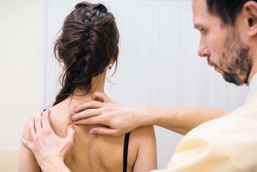 Радикулопатия шейного отдела позвоночника и поражение межпозвоночного диска