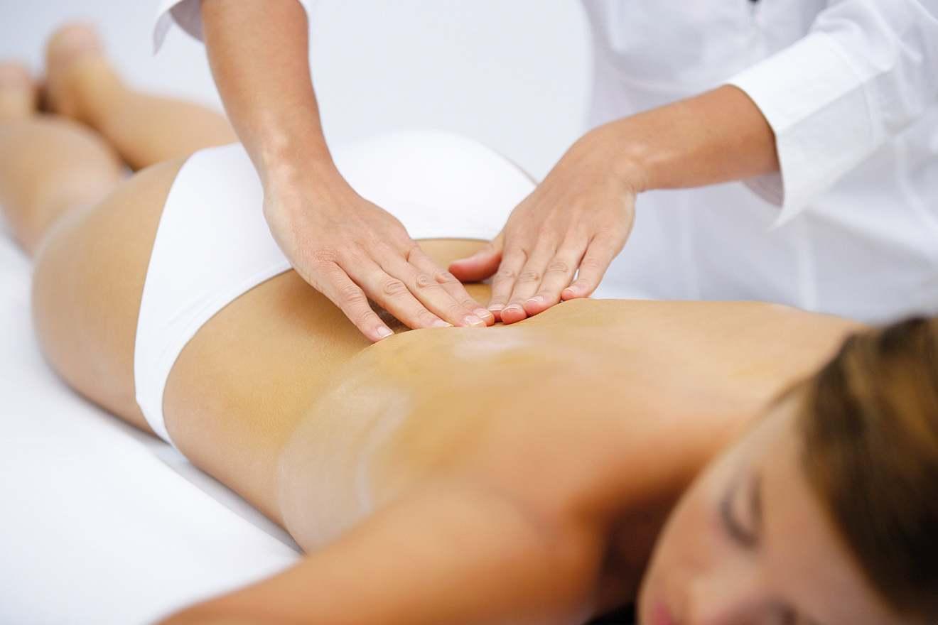 Массаж пояснично-крестцового отдела позвоночника от боли в спине