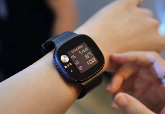 Контроль давления без заморочек: браслет который поможет сохранить жизнь