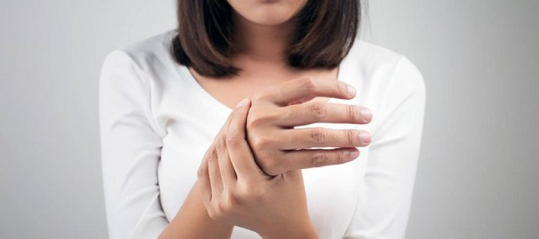 Болят пальцы рук при сгибании при беременности, в третьем триместре, что делать?
