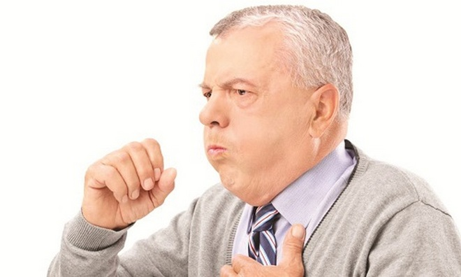 У препарата есть ряд побочных эффектов, например, сухой кашель.