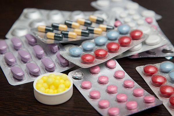 Профилактика лечения цистита - уменьшение употребления лекарств