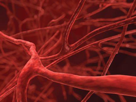 Несколько причин развития низкого артериального давления у мужчин, симптоматика, методы профилактики, лечения и осложнения