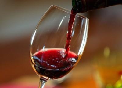 Чем опасно совмещение Монурала и спиртных напитков