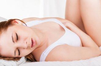 Причины и признаки боли при и после овуляции в нижней области живота