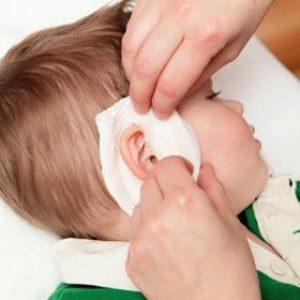 Лечение уха у ребенка