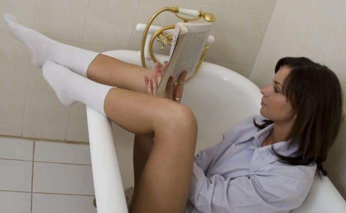 Какие ванночки делают при геморрое и насколько они эффективны?