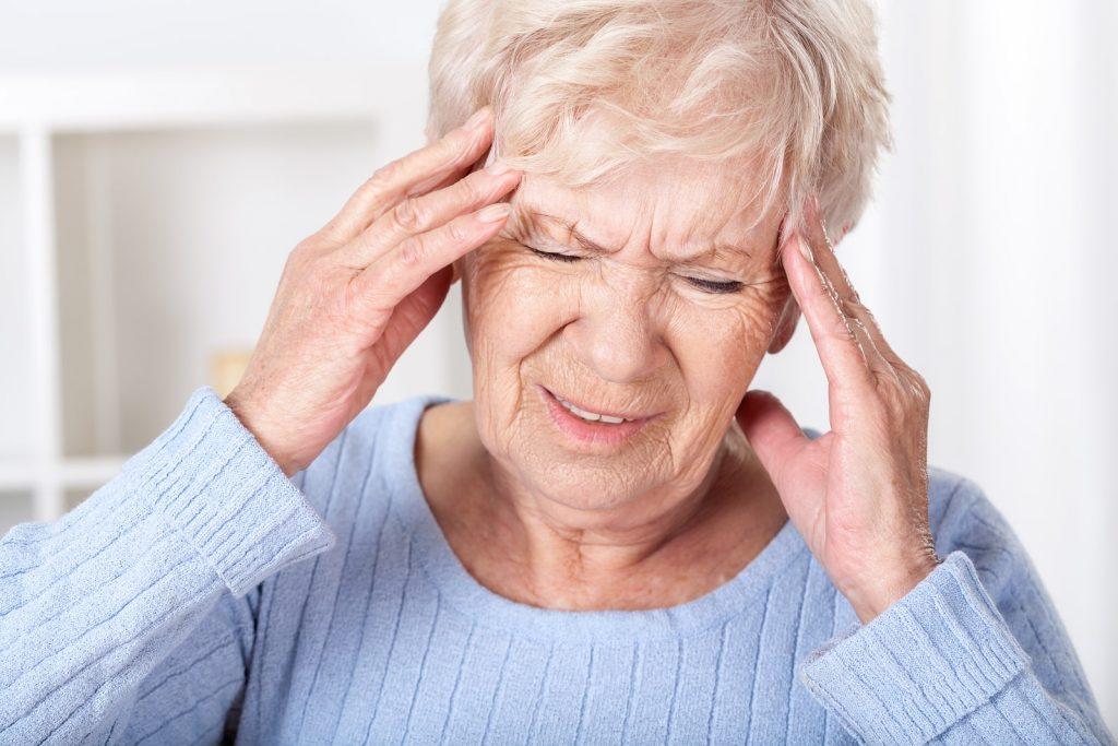 ишемический инсульт головного мозга у пожилых людей