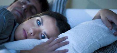 Почему именно ночью отмечается повышение давления в лежачем положении, причины