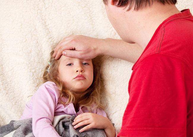 Что делать если ребёнок сутулится? Лечение нарушений осанки у детей