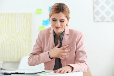 Показания к применению нитроглицерина при повышенном артериальном давлении, противопоказания, побочные эффекты, состав и форма выпуска