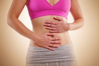 Поликистоз яичников и беременность – две вещи, по мнению многих, не совместимые, но насколько это правдивое утверждение?
