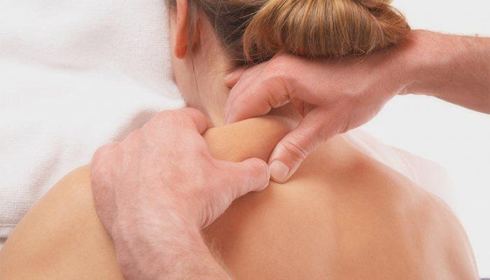 Прогревание шеи и спины при остеохондрозе: можно ли прогревать и как?